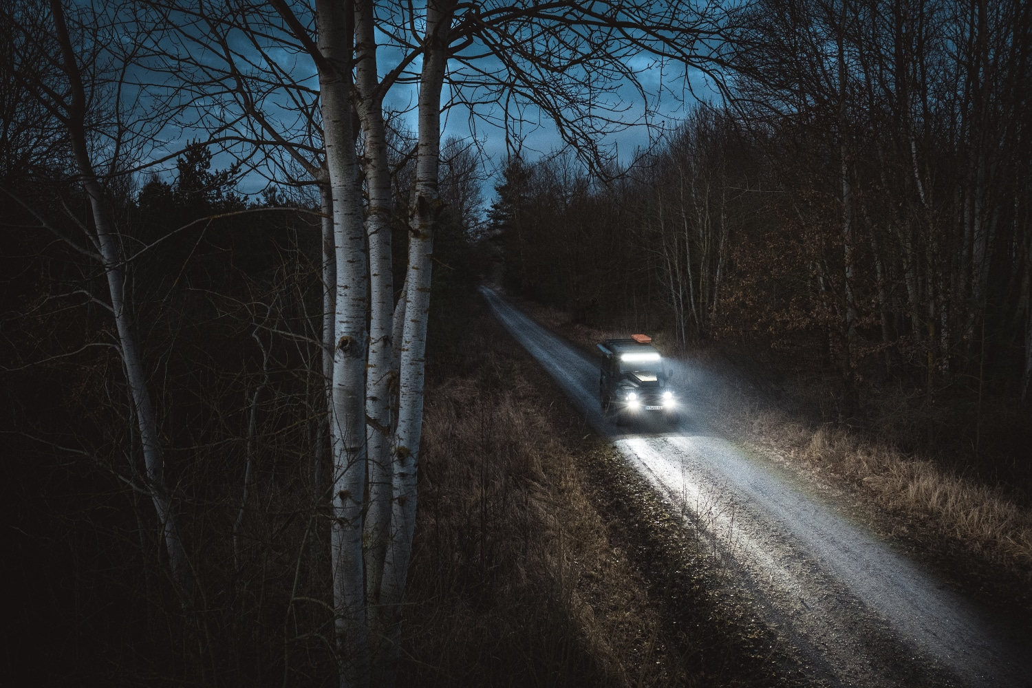 Comercial Lazer lights offroad with a land rover defender 110 td5